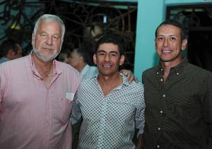 25072016 EN RECIENTE EVENTO.  Claudio, Ricardo y Jesús.