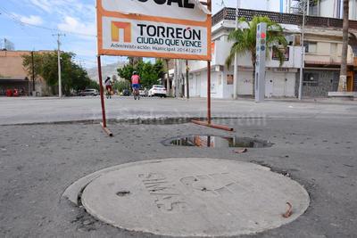 En Morelos y Leona Vicario se afectó el pavimiento.