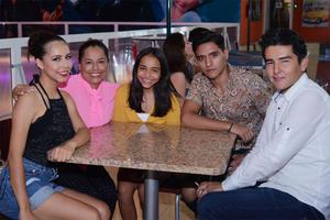 29072016 CONTENTOS.  Daniela, Axa, Romina, Ángel, Raymundo.