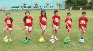 28072016 Azucena Paulina, Paula, Regina, Héctor Alfonso, Carlos Abraham y David.