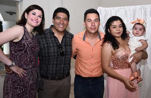 28072016 Mayra Zamora, Víctor Calderón, Milton Rodríguez, Sandra Landeros y Valentina.