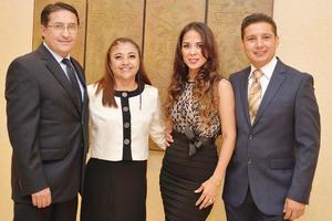 31072016 Erasmo Nevárez, Sandra de Nevárez, Jessica de Iracheta y Jorge Iracheta.