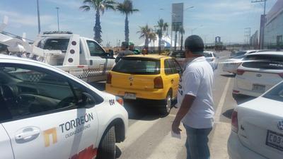 """En esta ciudad, el servicio de """"taxis app"""" arrancó a la par que en Saltillo."""