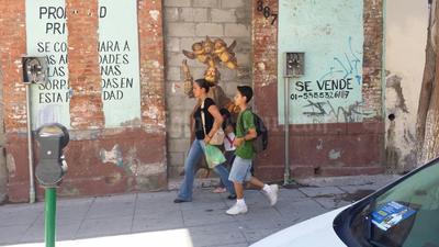 En la calle Zaragoza del Centro de Torreón se colocó esta imagen.