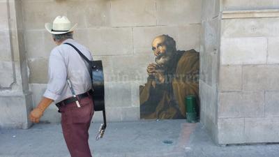Laguneros pueden admirar las obras del Museo Arocena en la calle.