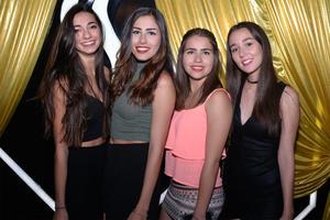 Cecy, Andrea, Carla y Vanessa.jpg