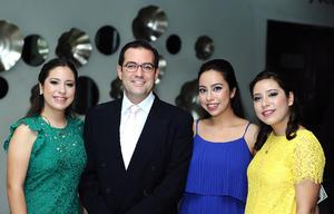 Alicia, Roberto, Marijose e Isabel.jpg