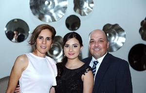 Bety, Pilar y Lacho.jpg