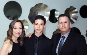 Erick, Tadeo y José.jpg