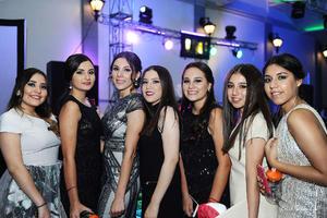 Mariana, Pily, Pía, Camila, Adriana, Valeria y Tatiana.jpg