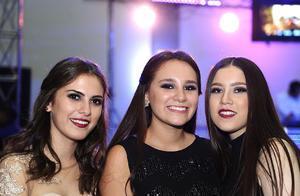 Michelle, Adri y Camila.jpg