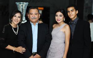 Pilar, Daniela, Raúl y Beto.jpg