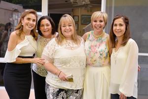 Claudia, Carolina, Isabel, Angie y Gaby.jpg