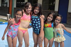 Michelle, Paulina, Bárbara, Dayra y Regina.jpg