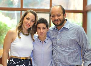 Lily, Carlos y Bruno.jpg