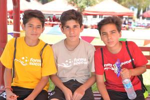 Diego, Giancarlo y Fer.jpg