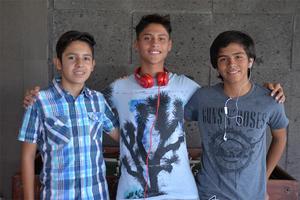03082016 Joaquín, Iván y Diego.