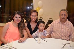 03082016 Ana Luisa, Alejandra, Lázaro y Diego.