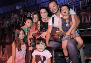 04082016 Mateo, Mariana, Miriam, Gabriel, Fernanda, Gabriel y Michelle.