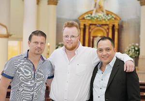 07082016 EN BAUTISMO.  Miguel, Robin y Jan.