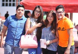 05082016 REGRESAN A CLASES.  César, Ana, Barbie y Diego.