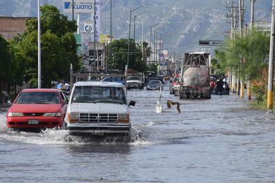 Las lluvias volvieron a provocar afectaciones en colonias de Torreón.