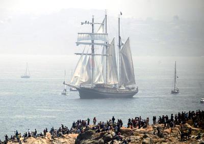 A CORUÑA.- Las embarcaciones de la regata Tall Ships Race se despiden hoy de A Coruña con un desfile de la treintena de buques que participan en la prueba. A Coruña ha sido puerto de destino de la sexagésima edición de esta regata, que ha visitado la ciudad por novena vez. EFE