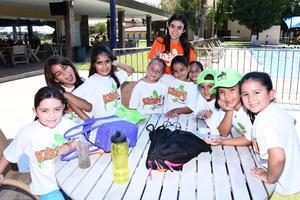 14082016 EN CURSO.  Andrea, Rebeca, Regina, Camila, Emma, Isabela, Valeria, Isabela, Natalia, Ana, Fernanda y Natalia.