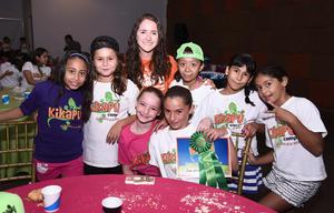 11082016 CLAUSURA DE CURSO DE VERANO.  Georgina, Nicole, Luisa, Ana Sofía, Camila, Melanie, Mackenzie y Brenda.