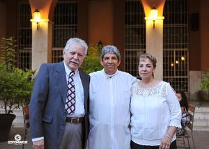 11082016 Sergio y María disfrutan de un año más de feliz matrimonio. - Erick Sotomayor Fotografía