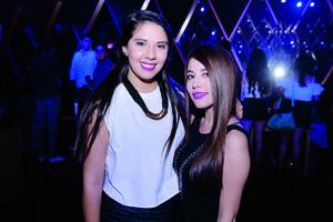 14082016 MUY GUAPAS.  Lupita y Saira.