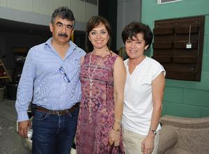 18082016 Francisco, Gabriela y Rosalinda.