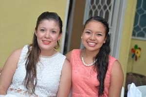 18082016 Mayela y Aide.