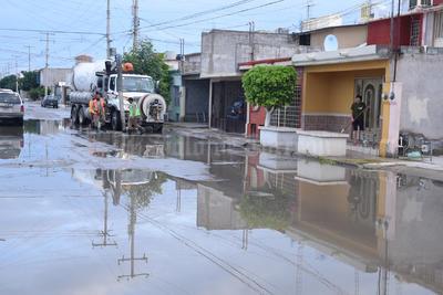 Se realizaron trabajos de limpieza y desazolves de redes de drenaje, limpieza de alcantarillas y retiro de lagunas de aguas verdosas y malolientes.