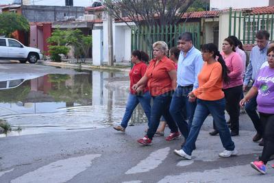 El alcalde dijo que se constuirá un nuevo cárcamo sanitario para desfogar el agua de 20 colonias en el sur oriente de Torreón.