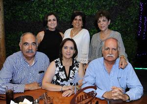 Gaby, Elsa, Ana, Agustín, Coco y Ricardo