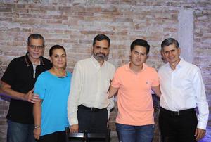 Heriberto, Mayela, Antonio, Rafa y Jaime