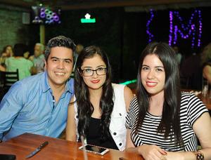 Jorge, Sarahí y Ana