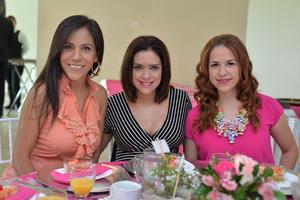 Violeta, Ana e Iris