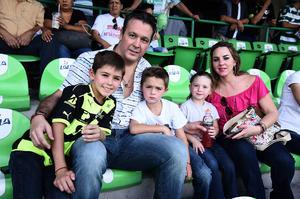 20082016 Jorge, Jorge, Santiago, María Sofía y Sofía.
