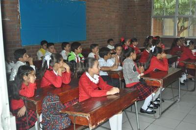 Los alumnos lucieron concentrados en el primer día de clases.