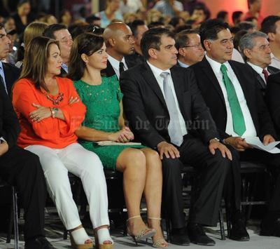 Al evento acudió el gobernador de Durango, Jorge Herrera Caldera, y la alcaldesa electa de Gómez Palacio, Leticia Herrera.