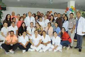 22082016 MOMENTO INOLVIDABLE.  Laura Rodríguez Dena, Jefa de Enfemería del ISSSTE Torreón, se jubiló luego de una excelente labor.