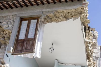 Viviendas quedaron fuertemente dañadas.