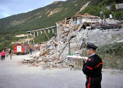 En la localidad de Amatrice se registraron 35 víctimas, en Accumoli otras 11 y el resto en Arquata y Pescara del Tronto, según la agencia italiana de noticias ANSA.