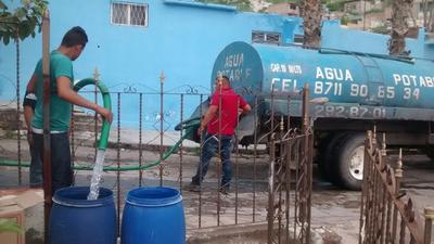 El gerente del Simas, Xavier Herrera Arroyo, expresó que esta medida permanecerá indefinidamente hasta que deje pasar agua por el lecho seco.