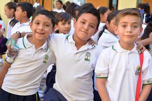 26082016 Diego, Alejandro y Alejandro.