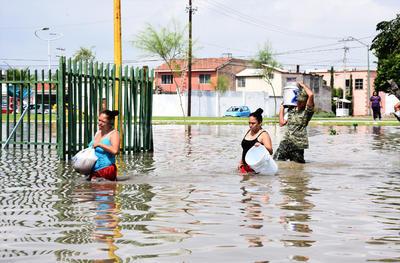 Aunque personal del Ejército Mexicano estuvo auxiliando a pobladores que se vieron inundados incluso en sus casas, como en la colonia Residencial del Norte, no se aplicó el Plan DN-III, sólo la fase de evaluación y prevención.