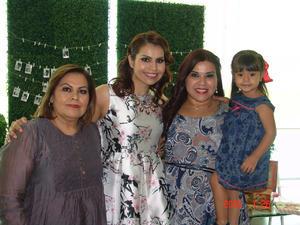 27082016 DESPEDIDA DE SOLTERA.  Perla, Gloria, Corina y Sara.