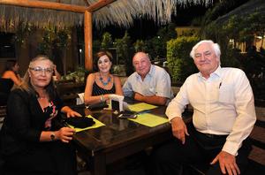 27082016 Carmen, Beatriz, Guillermo y Fernando.